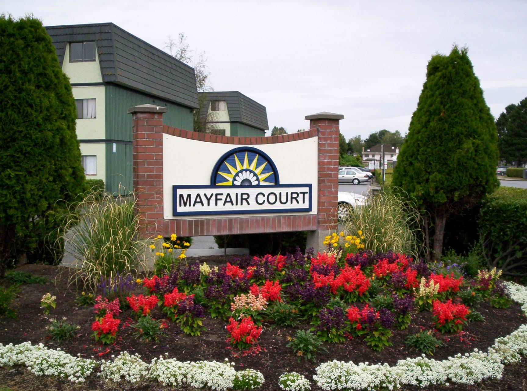 Mayfair_Court_Sign